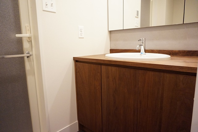 ファイル 洗面 木製カウンター
