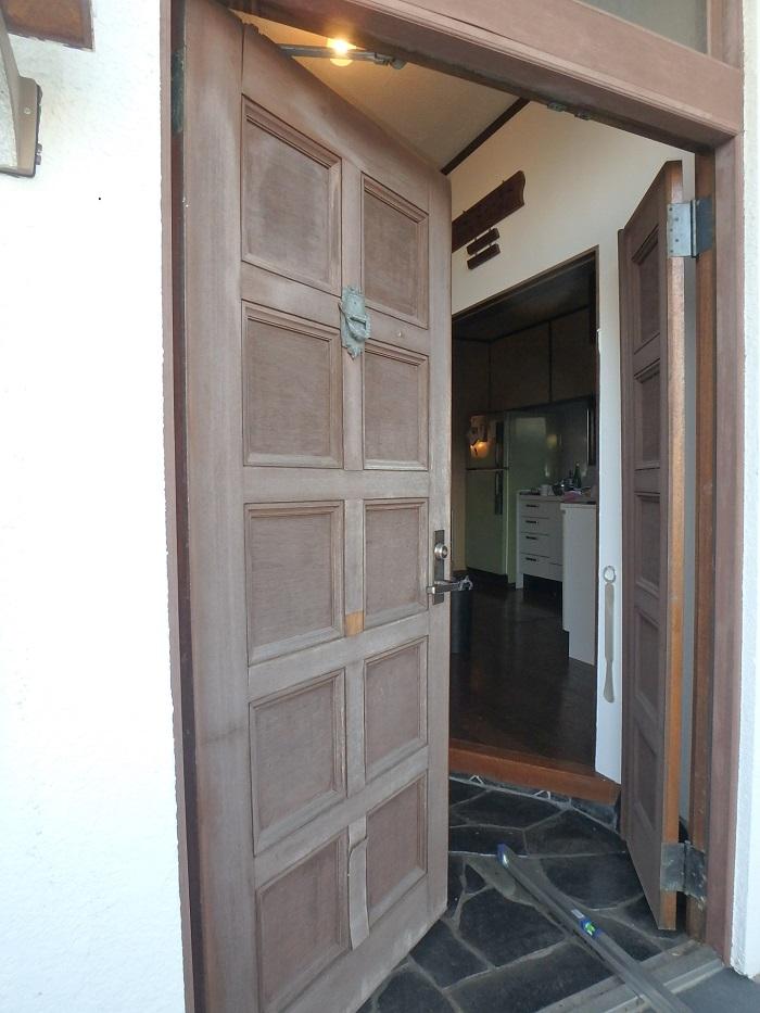 木製玄関ドア メンテナンス 鎌倉 横浜
