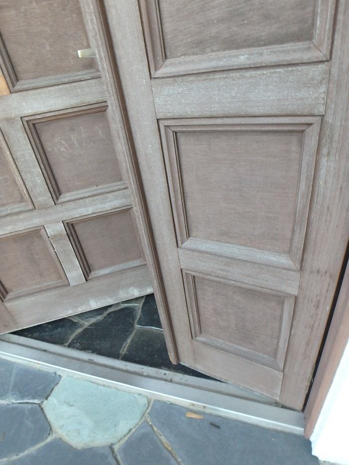 木製玄関ドア メンテナンス リフォーム 鎌倉 逗子 横浜