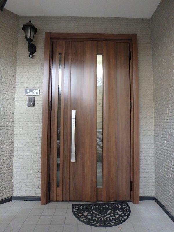 ジューテックホーム ウェルリフォーム 玄関ドアリフォーム カバー工法 横浜 都筑 港北 玄関ドア交換