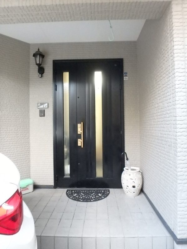 ジューテックホーム ウェルリフォーム 玄関ドア交換 カバー工法 リクシル YKK 都筑 港北