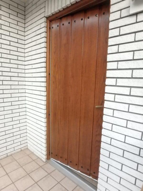 ジューテックホーム ウェルリフォーム 木製玄関ドア塗装 木製玄関ドアメンテナンス 横浜 神奈川 東京