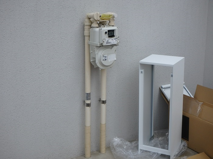 ジューテックホーム ガスメーターカバー バコ 森田アルミ工業 横浜 東京 港北ニュータウン リフォーム