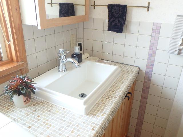 ジューテックホーム ウェルリフォーム ウッドワン 無垢の木の洗面台 洗面交換 輸入住宅